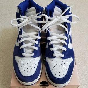 the best attitude 24b0f a3a30 Nike Shoes - Nike SB Dunk High Kentucky